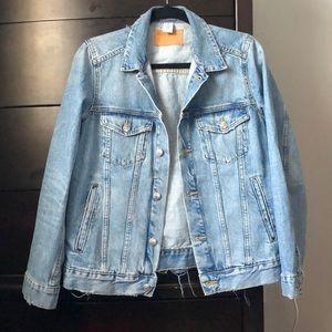 H&M Oversized distressed  denim jacket